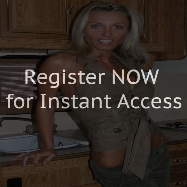 Horny house wives want online dating chat
